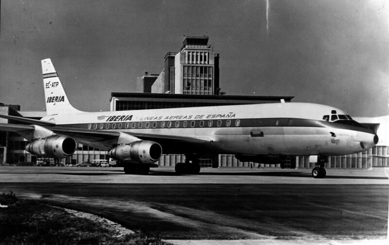 DC- 8 serie -52 (1961-1982)