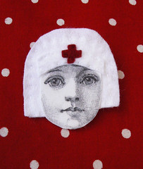 Nurse brooch | by La Baleine a Plumes