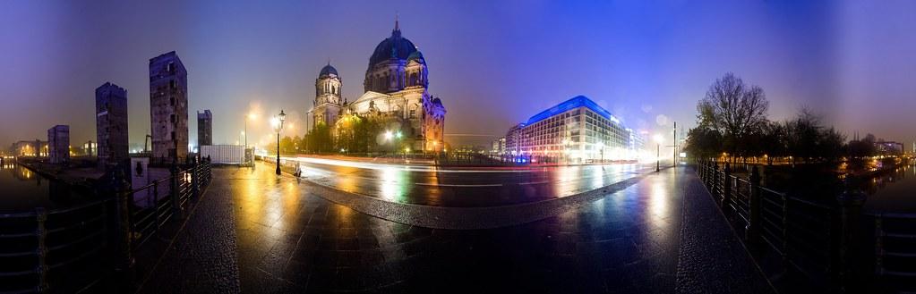 Liebknechtbrücke bei Nacht by sunside