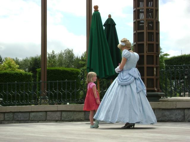 Cenicienta/Cinderella, Disneyland-Paris, France - www.meEncantaViajar.com