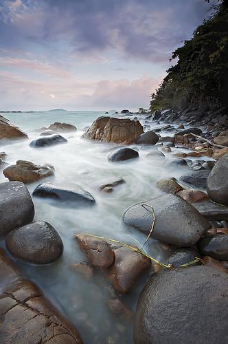 sea mer beach stones bourda cayenne bec plage rochers frenchguiana canonef1740mmf4l guyanefrançaise infinestyle erickloitière explore4thankyou