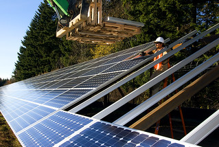 Installing panels | by OregonDOT