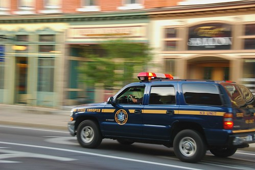 travel newyork trooper motion blur speed movement nikon d70 police suv panning lawenforcement vr baldwinsville 18200mm yourphototips scottwdw scottthomasphotography ithacastock