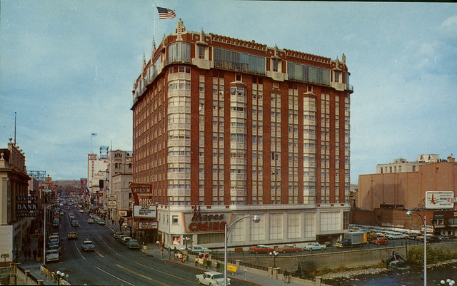 Mapes Hotel, one of Renos most famous casinos, stood near