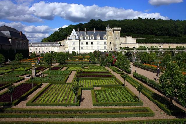 Villandry castle and gardens [Explore]