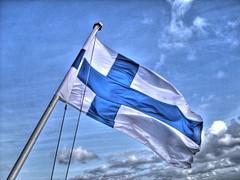 Bandeira de Finlandia en HDR | by Iago Laz