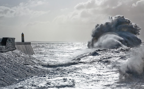 Giant Wave at Porthcawl