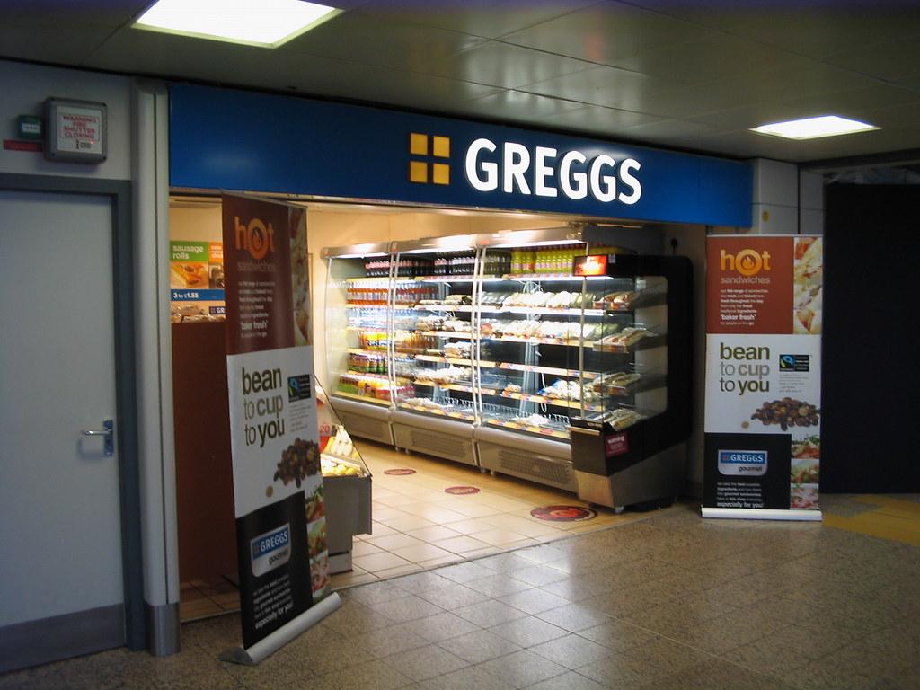 Greggs, Glasgow Airport