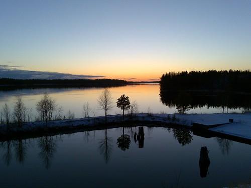 sunset reflection night finland landscape auringonlasku heijastus posio kitkajärvi nokian96 mourusalmi
