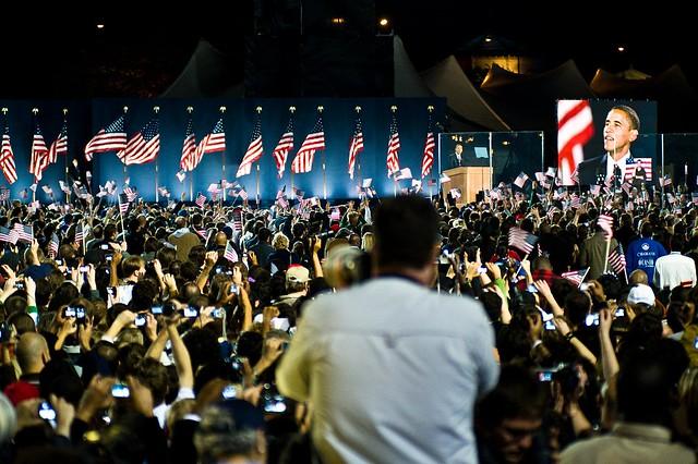 obama on stage in grant park