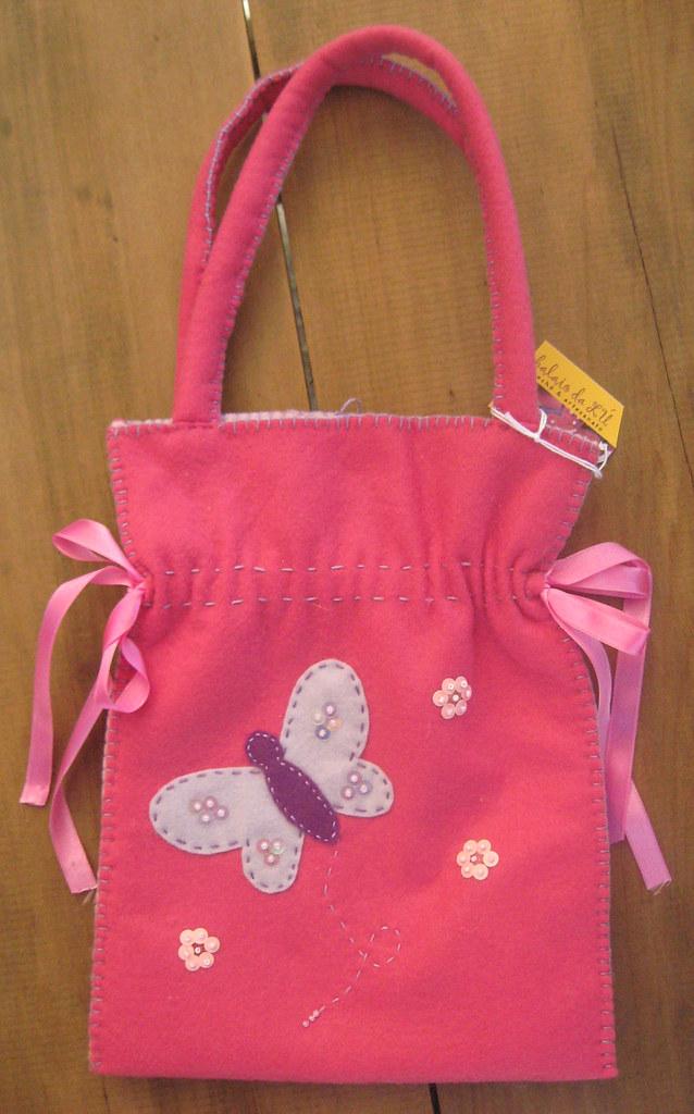 7413e8582 Bolsa feltro infantil borboleta | Bolsa de feltro rosa com a… | Flickr