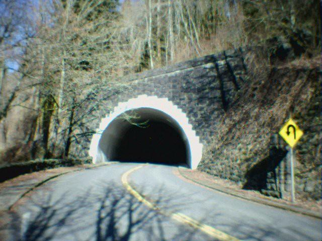 Rocky Butte Road tunnel