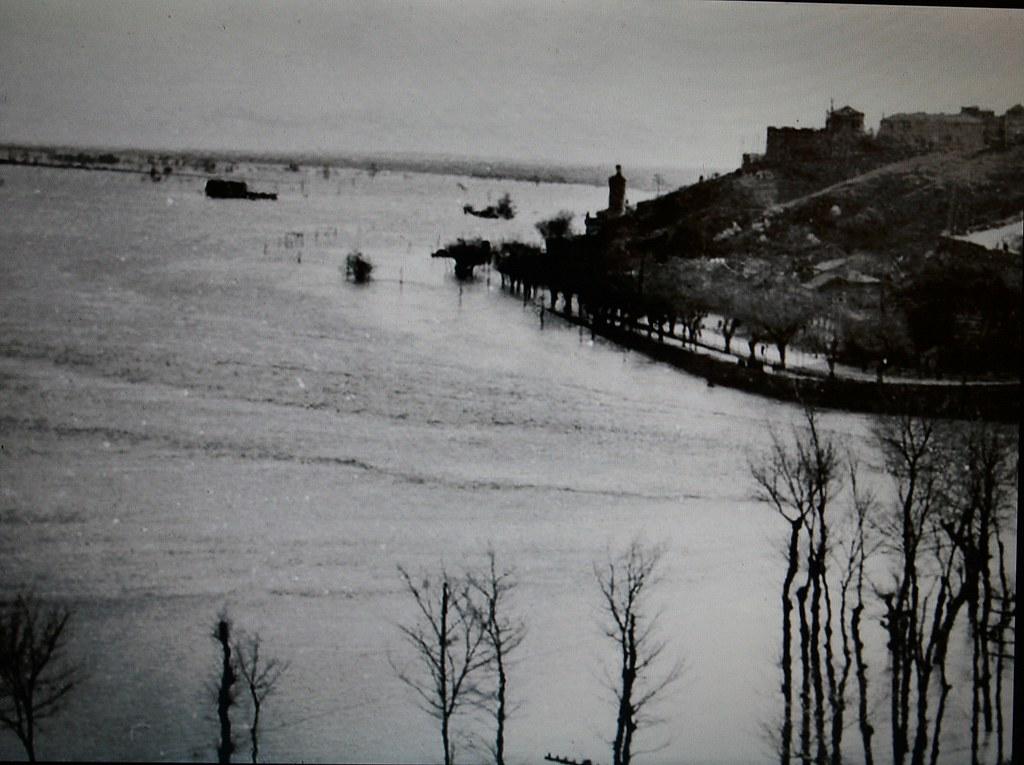 Inundación de 1947 en Toledo. Paseo de la Rosa
