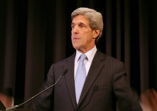 Senator John Kerry | by cliff1066™