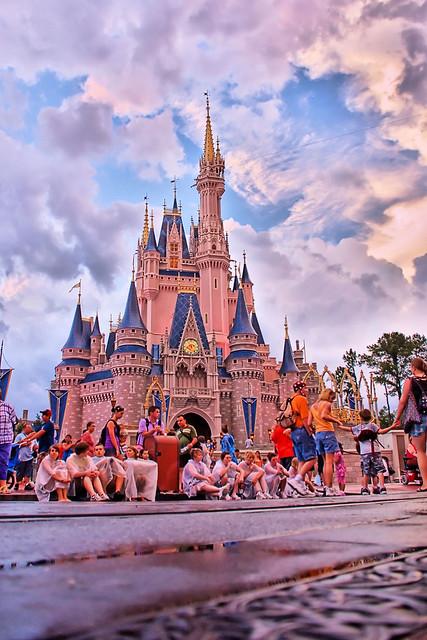 Disney - Waiting for SpectroMagic... (Explored)