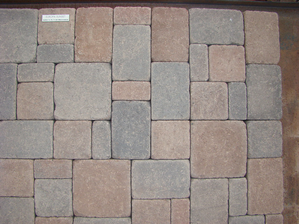 Valencia Europa Sunset Blend (tumbled) Pavers from AZ Bloc… | Flickr
