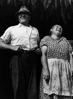 Jack Delano: Tobacco famers near Windsor Locks, Conn., 1940