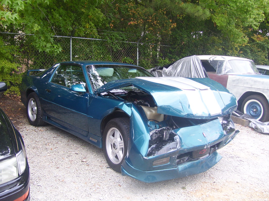 1992 Camaro Z28 Show Car Crash   It crashed perfectly  The h