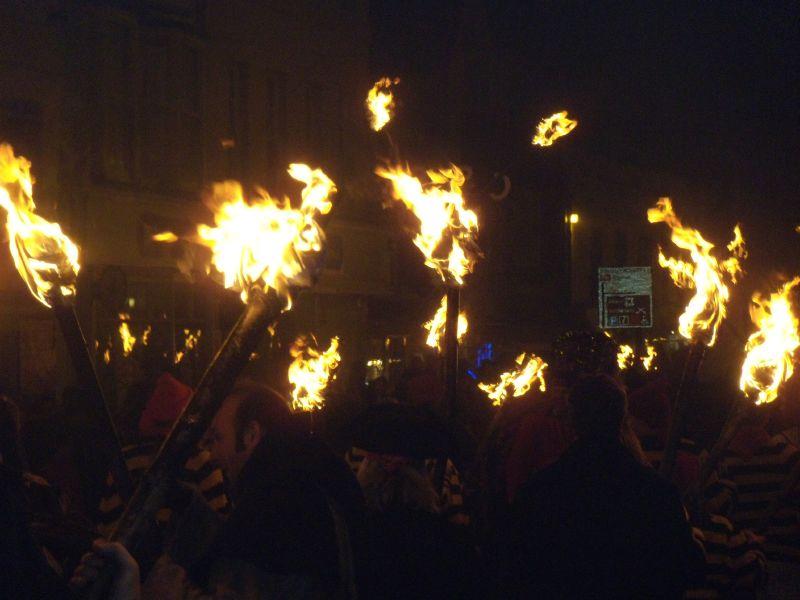 torches The Battle bonfire march. Robertsbridge to Battle walk.