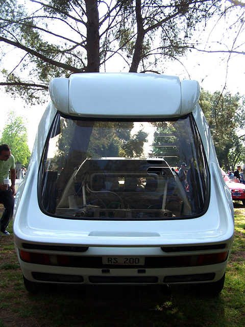 Ford RS 200 rear.jpg
