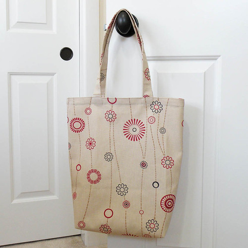 SHOPPER TOTE - Natural Daisies | by iSew