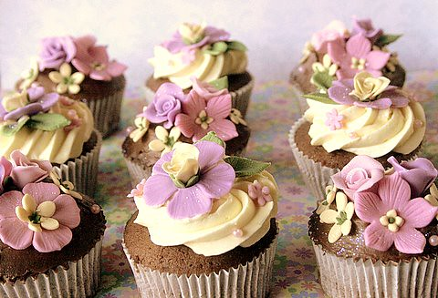 Flower Garden VIntage Cupcakes