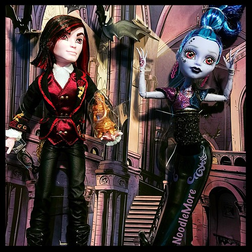 Monster High - SDCC Exclusives:  Kieran Valentine and Djinni Whisp Grant | by NoodleMore