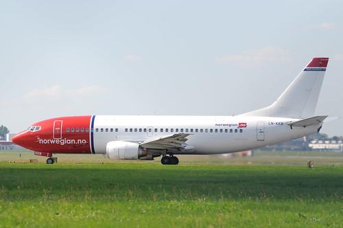 Boeing 737-300 LN-KKB Norwegian Air Shuttle | by Kuba Bożanowski