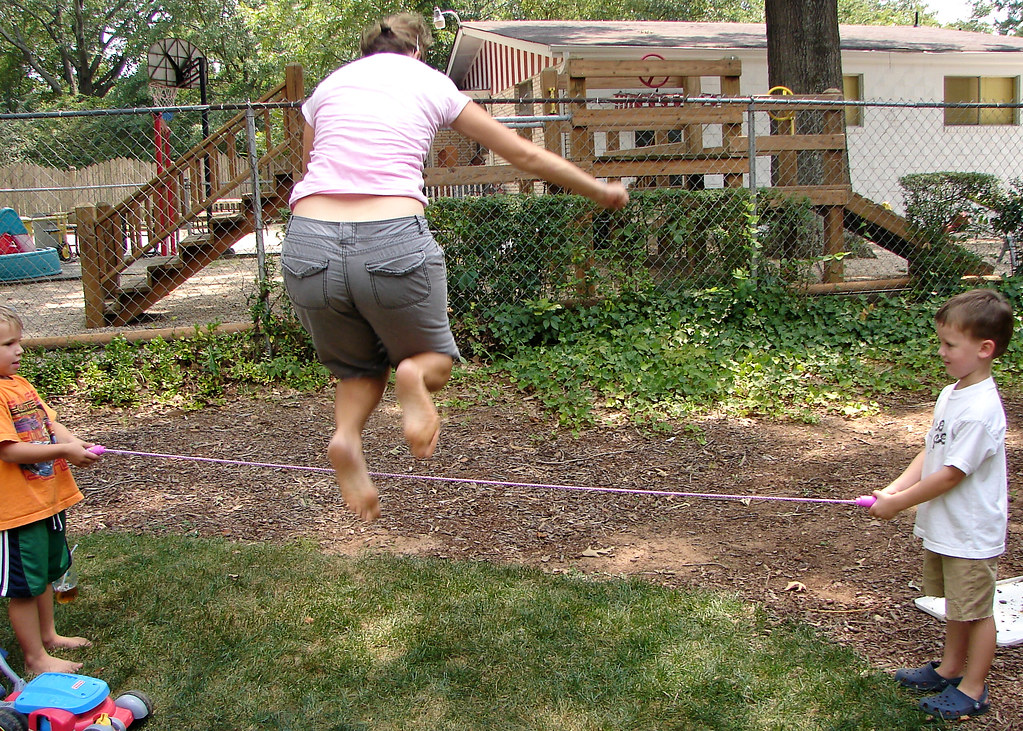 mom jumps rope