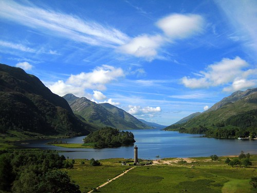 Glenfinnan Monument & Loch Shiel | by Cayetano