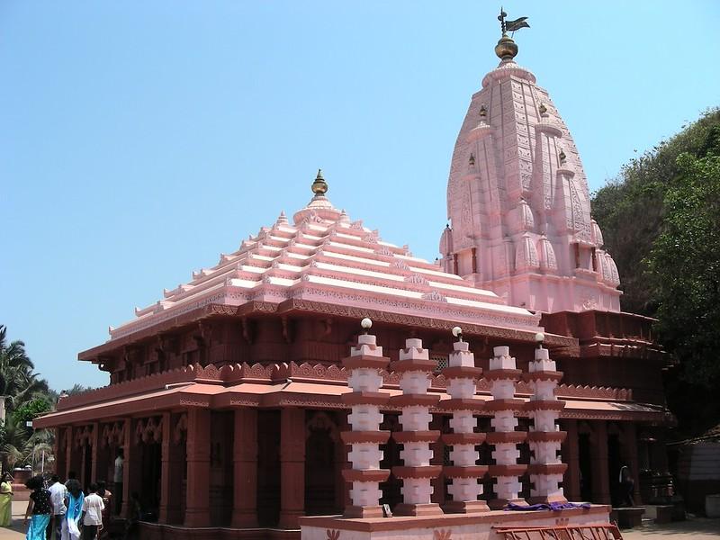 Swayambhu Ganapati Temple in Ganpatipule
