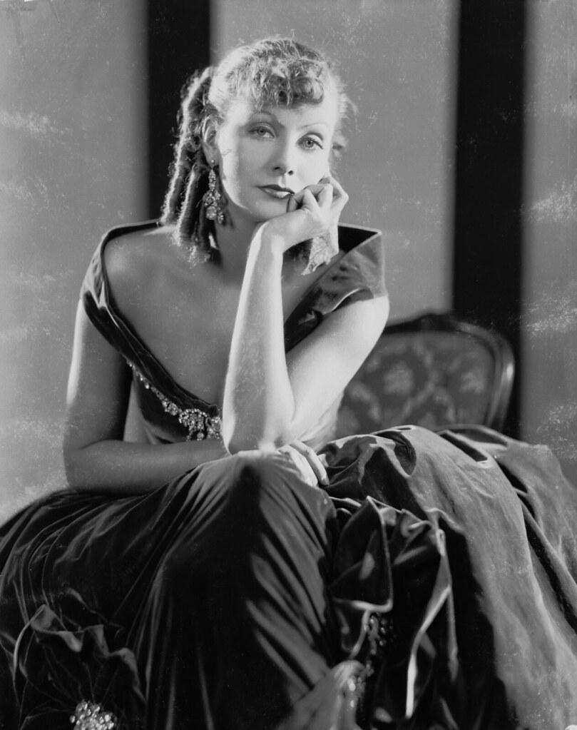 """iconos de estilo de los años 30 y 40 Greta Garbo """"Romance"""""""