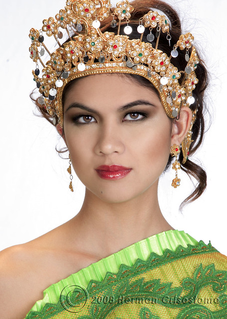 Cristina-Thai-princess-cu