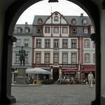 Vista dal portico dell palazzo del comune (Rathaus)