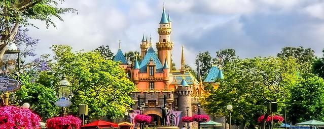 Disney - Beauty is Disneyland