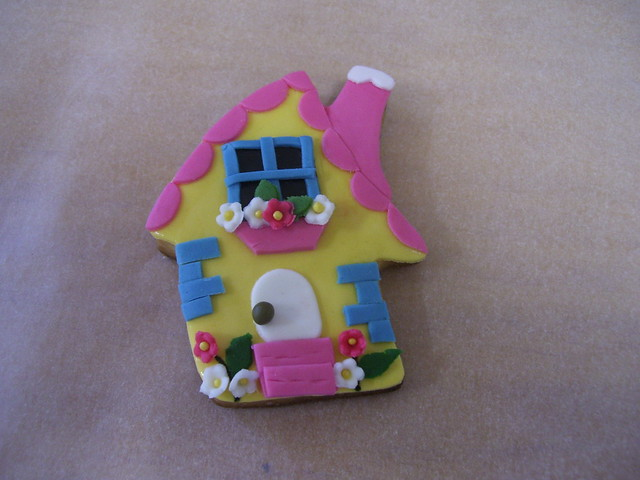 dream house sugar cookie