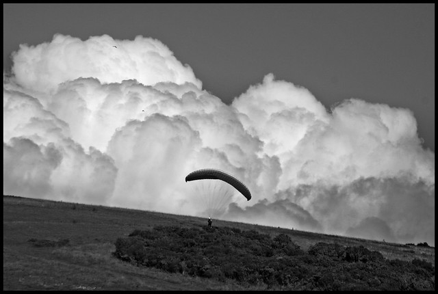 Ready for take off - Paragliding over the Isle of Wight