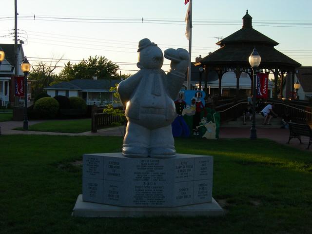 Wimpy Statue