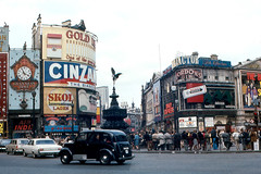 London - Piccadilly Circus | by roger4336