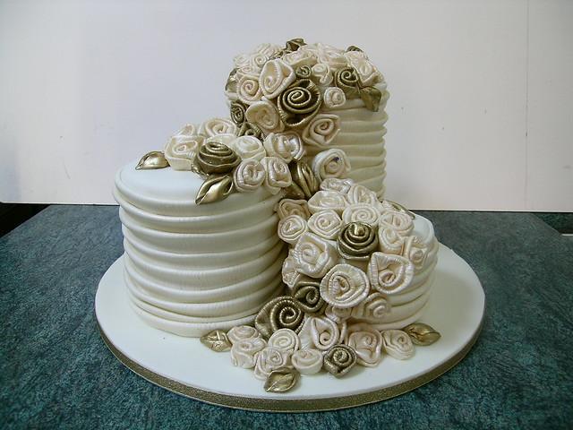Wedding cake and fabric roses