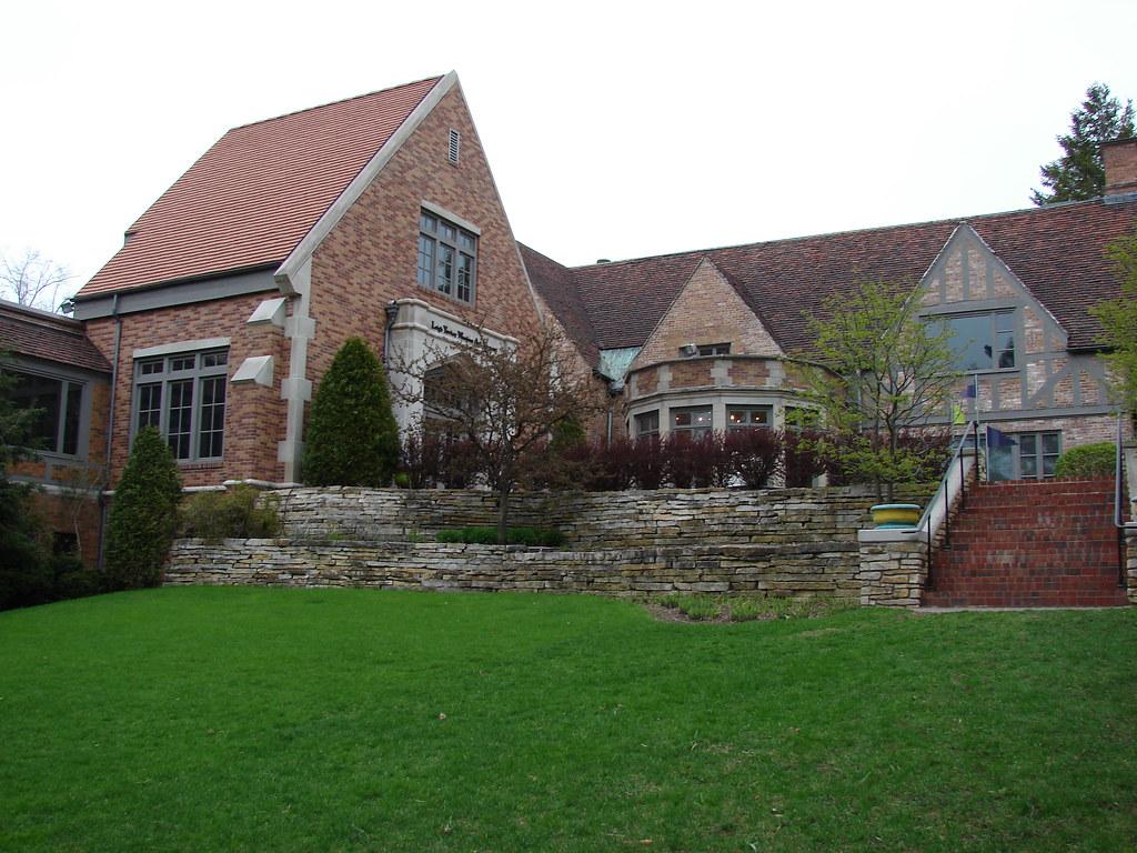Tudor Mansion DSC00057 | The Tudor style house was built ...