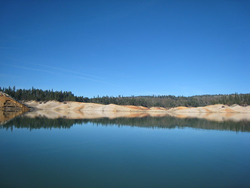 blue sky lake reflection fall water kayak norcal paddling lowwater yubacounty bullardsbar