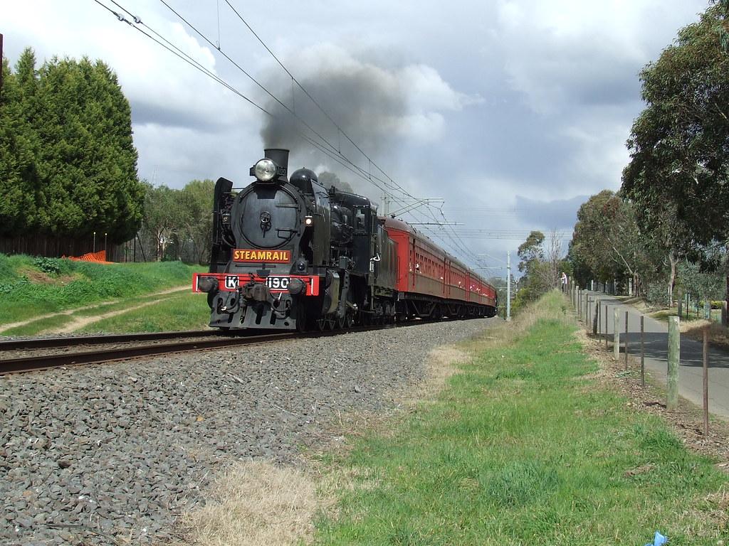 Steamrails Hurstbridge Shutles by gary Baines