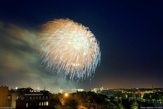 Helsinki fireworks