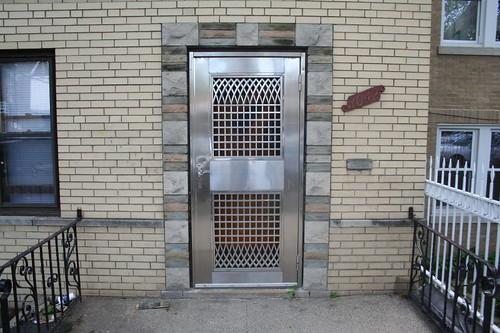 Amazing screen door   by repowers