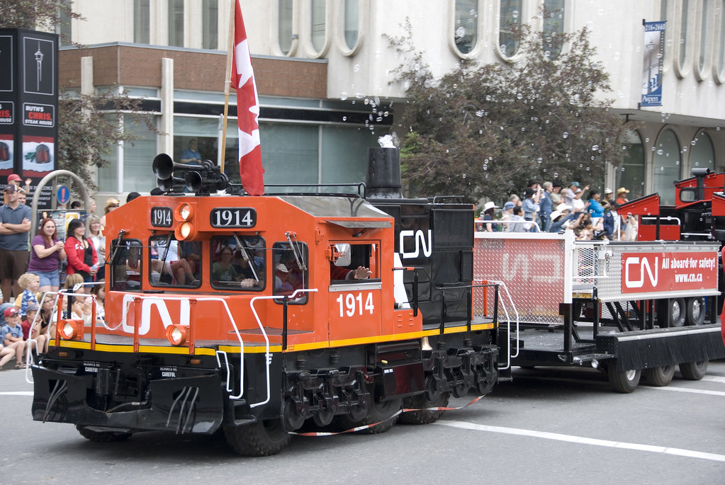 Calgary Stampede Parade 2008 Cn Rail Float Think Calgary