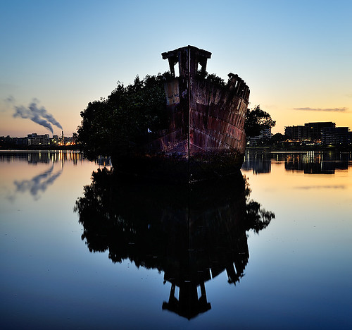 water sunrise dawn shipwreck homebush