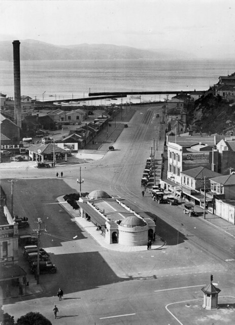 Kent Terrace and Oriental Parade, Wellington, c. 1920s
