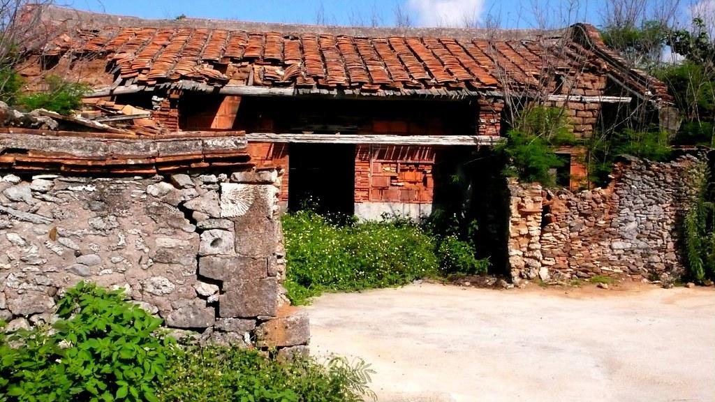 萬安花宅聚落保存,具文化保存或地方特殊需求,縣府列為優先辦理鄉村地區整體規劃的聚落。本報資料照。
