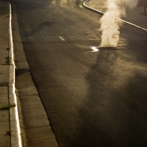 road street shadow sunrise d50 morninglight warm glow smoke steam series curb 50mmf18af lightonsurfaces introdigsum08
